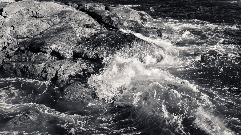 Holland Point Waves